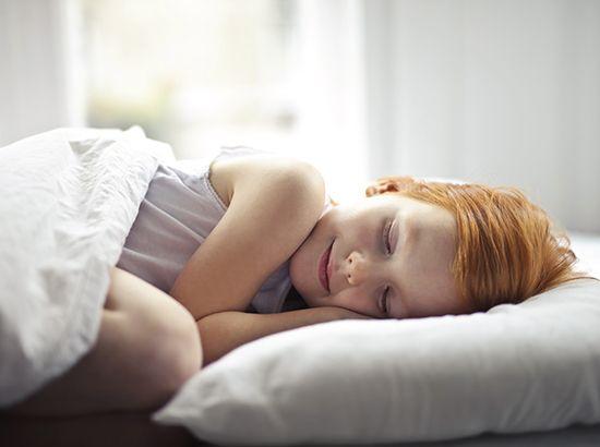Cómo ayudar a tu hijo a dormir solo